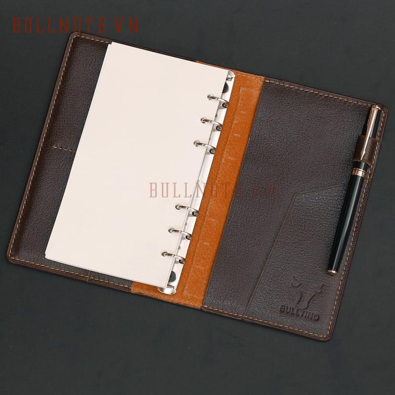 Sổ tay bìa da thật cao cấp màu đen thiết kế gáy còng khổ A6 cầm tay