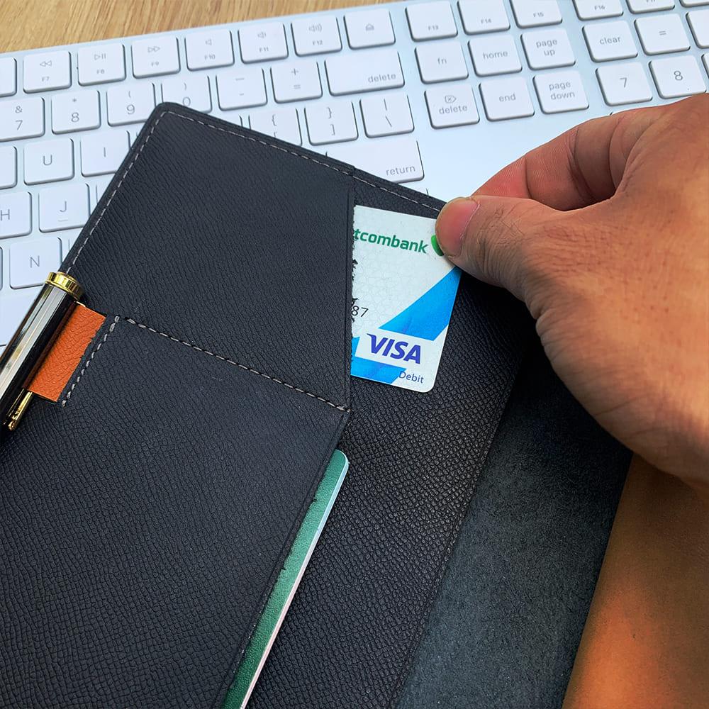 Ngăn chứa thẻ tiện dụng